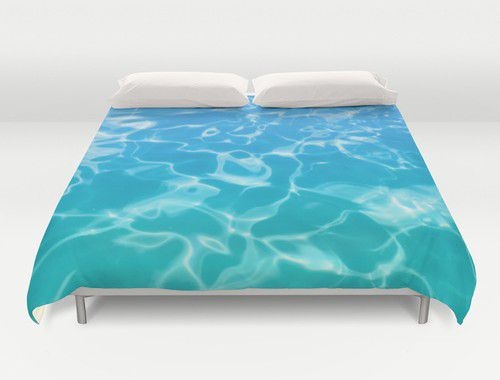 Duvet cover with blue-teal pool water #duvetcover #water #bedding #beachlovedecor